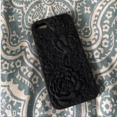 SALE! Floral flexible iPhone 5/5s case Silicon case ~ cute floral print. Only used once, then upgraded my phone! Great condition. Accessories Phone Cases