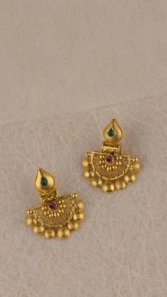 gold earrings with vibrant stones – ruby jewelry Jewelry Design Earrings, Gold Earrings Designs, Gold Jewellery Design, Ruby Jewelry, Gold Jewelry Simple, Gold Studs, Beautiful Pictures, Vibrant, Stones