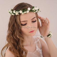 Coiffure mariage guirlande couronne florale bandeau cheveux femme aux roses blanches artificielles avec gourmette assortie