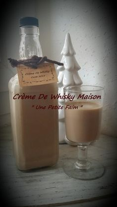 Christmas Gift Ideas 2019 : Homemade Whiskey Cream This sweet liqueur is a personalized gift that I made to my man's mother, it's his sin mignon. Homemade Food Gifts, Diy Food Gifts, Gourmet Gifts, Whiskey Cream, Scotch Whiskey, Christmas Gifts For Him, Christmas Desserts, Christmas Christmas, Homemade Whiskey