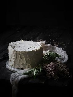 Oatgasm: Lemon Vanilla Bean Cake with Lilac Meringue Buttercream // On Memories