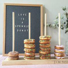 Donut stand wedding favors donut bar cake table by FreestyleMom Wedding Reception Food, Wedding Catering, Wedding Favors, Wedding Ideas, Wedding Centerpieces, Wedding Desert Bar, Wedding Signs, Wedding Blog, Diy Wedding