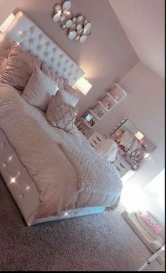 38 cozy home decorating ideas for girls bedrooms 14 Room Decor Bedroom Bedrooms COZY Decorating girls Home Ideas Simple Bedroom Design, Girl Bedroom Designs, White Bedroom Design, Cute Bedroom Ideas, Cute Room Decor, Girl Room Decor, Wall Decor, Bedroom Ideas For Teens, Room Ideas Bedroom