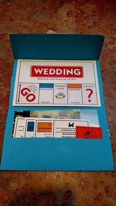 Invitaciones únicas inspiradas en un juego famoso. Amamos estas invitaciones para bodas temáticas Monopoly!