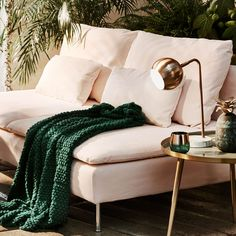 home decor trends 2018 1. rich pigments 2. dark glam wood 3. global prints 4. tribal artisan textures 5. metallic accents 6. tropical
