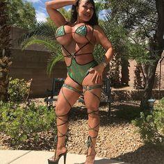 The best #mature #women in #bikini #sexy #milfs #models #modelsofinstagram https://ift.tt/2uCzlP5
