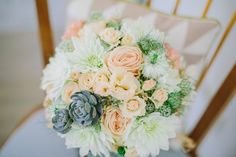Brautstrauß pastell Sukkulenten - bridal bouquet succulents peach - Boho Hochzeit in Hannover von Christin Lange | Hochzeitsblog - The Little Wedding Corner