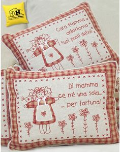 """Cuscino con dedica ricamata Angelica Home & Country  """"Di mamma ce n'è una sola …. """" Pot Holders, Cross Stitch, Xmas, Bullet Journal, Baby, Handmade Crafts, Sew, Stitching, Stamps"""