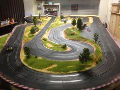Race Car Sets, Slot Car Racing, Slot Car Tracks, Race Cars, Las Vegas, Pin Up, Grand Prix, Miniatur Motor, Carrera Slot Cars