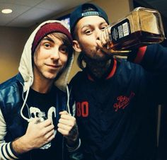 Alex Gaskarth & Mike Fuentes. (All Time Low & Pierce The Veil)