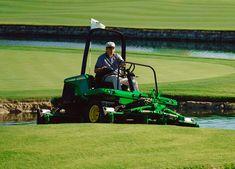 Image Gallery: John Deere Golf and Turf Equipment Grooming the Links http://blog.machinefinder.com/17930/image-gallery-john-deere-golf-turf-equipment-grooming-links