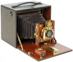 Antique Camera: Blair 5x7 Special Folding Hawk-eye. 1898. Very uncommon.