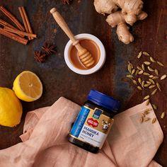 Mierea de Manuka este considerată cel mai puternic antibiotic natural cunoscut. Mierea de Manuka MGO™ 550+ prezintă nivel maxim de activitate și se recomandă în cazurile unor infecții foarte rezistente. Manuka Honey, Mai, 100 Pure, Pure Products