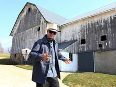 Vanilla Ice got a wardrobe makeover for Vanilla Ice Goes Amish >> http://www.diynetwork.com/tv-shows/go-behind-the-scenes-with-vanilla-ice-goes-amish/pictures/index.html?soc=pinterest