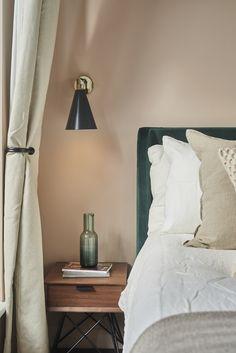 Pink Green Bedrooms, Dusty Pink Bedroom, Taupe Bedroom, Green Bedroom Decor, Room Decor Bedroom, Living Room Decor, Bedroom Ideas, Next Bedroom, Small Room Bedroom