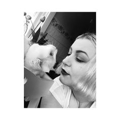 Cute days with my boy  #catlife       #cat #oddball #selfie #photography #blackandwhite #live #love #monday #makeup #winkylux #smokeshow @winky_lux #eyebrows #byscosmetics #NYC #hair #green #manicpanic #septum #piercing by my_twisted_perspective_