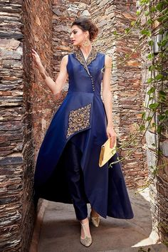 Picture of Fascinating blue designer suit with stone Indian Gowns, Pakistani Dresses, Indian Wear, Indian Designer Outfits, Indian Outfits, Designer Dresses, Stylish Dresses, Fashion Dresses, Mode Hijab