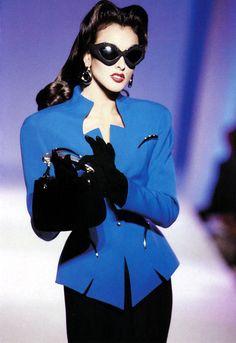 supermodels Thierry Mugler HC F/W Helena Barquilla Image Fashion, 80s Fashion, Fashion Week, Fashion History, Runway Fashion, Fashion Models, High Fashion, Fashion Trends, Suit Fashion