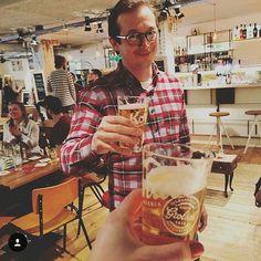 De #24uurhoteljansen is voorbij! Wat een super gezellige mensen! Thanks @hoteljansen voor het hosten en thanks to @ontdekkornuit voor de biertjes! #hoteljansen #cityguysnl #ontdekkornuit #kornuit #nieuwjaarsborrel. Pic by @joycegoverde