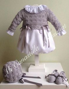 This Pin was discovered by Ays Baby Knitting, Crochet Baby, Knit Crochet, Baby Dress, Smocking, Girl Outfits, Crochet Patterns, Clothes, Dresses