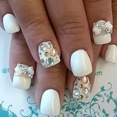 nail lounge in new york city
