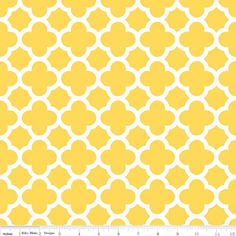 Riley Blake - Quatrefoil Medium Color Yellow - cotton fabric