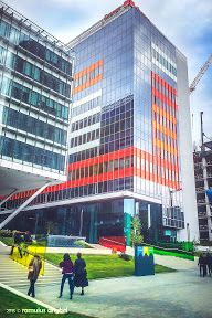 Architecture in the new and modern Bucharest - Romulus ANGHEL - Picasa Web Albums Bucharest, Albums, Multi Story Building, Architecture, Modern, Photos, Picasa, Arquitetura, Trendy Tree