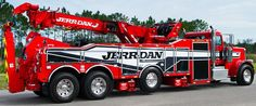 Crawford Truck Sales specializes in Jerr-Dan New and Used Tow Trucks.Here at Crawford Truck we stock thousands of Jerr-Dan parts and accessories to meet customers timely demands. We repair all makes and models of towing equipment. Heavy Duty Trucks, Big Rig Trucks, Heavy Truck, Semi Trucks, Tow Truck, Cool Trucks, Custom Big Rigs, Custom Trucks, Benne