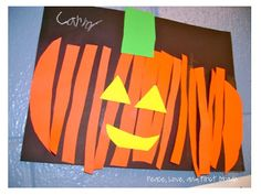 Halloween Craft: trace and cut a pumpkin pattern, then cut the pumpkin into strips and glue onto paper. Add the face and stem last. Plat Halloween, Theme Halloween, Halloween Crafts For Kids, Fall Crafts, Holiday Crafts, Easy Halloween, Preschool Halloween, Fun Fall Activities, Halloween Activities