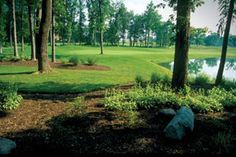 Stone Ridge Golf Club is an 18 hole Arthur Hills design public golf course set among 150 acres of rolling terrain located in Bowling Green Ohio. Go check it out! #golf #course #fun #travel #destinations #BGSU #bowlinggreen #bowling #green #club #grass
