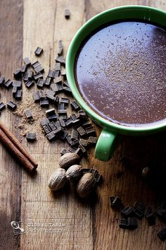 COCOA TEA from Saint Lucia is made with dark chocolate chunks, cinnomon sticks, sugar and whole mile, and topped wit grated nutmeg. Cocoa Tea, Caribbean Recipes, Caribbean Food, Best Tea, My Tea, Tea Recipes, Recipies, Hot Chocolate, Chocolate Tea Recipe