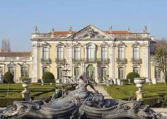 The Queluz National Palace near Lisbon, Portugal perfectly depicts Baroque architecture. Architecture Baroque, Neoclassical Architecture, Bungalow Haus Design, Luis Xiv, Vaux Le Vicomte, Style Louis Xv, Sintra Portugal, Palace Of Versailles, Grand Homes