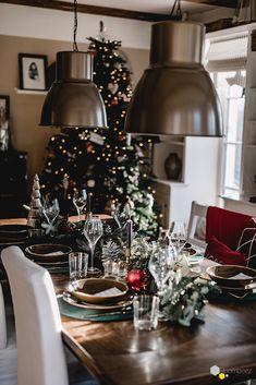#weihachten #tischdeko #festlich   Bloggerin @Seelensachen zeigt Euch auf ROOMBEEZ ihre Interpretation einer festlichen Tischdekoration! Schaut doch mal vorbei »