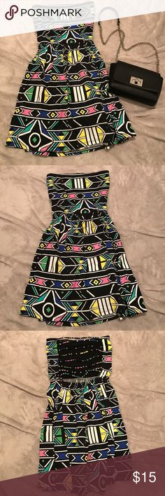 NWOT Printed strapless dress Never worn no brand printed strapless dress with caged top back Dresses Strapless