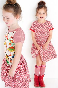 mim-pi summer 2017, spanish rose theme, mimpi kidscothes for girls from 2 to 10 years, polkadots, stripes, retro postcards from Spain www.mim-pi.com
