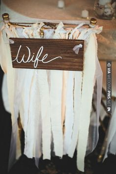 sweetheart table ideas | VIA #WEDDINGPINS.NET
