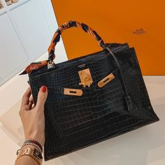 Chanel Backpack, Chanel Purse, Chanel Bags, Gucci Bags, Best Handbags, Hermes Handbags, Fake Designer Bags, Designer Belts, Replica Handbags
