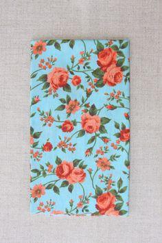 NA128 fundo azul flor laranja - As cores dos produtos podem sofrer pequenas…
