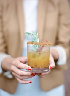 This cocktail needs to be on your list: http://www.stylemepretty.com/living/2015/10/30/apple-cider-bourbon-cocktail/ | Photography: Elisa Bricker - elisabricker.com