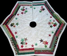 Quilting: Scrappy Christmas Tree skirt