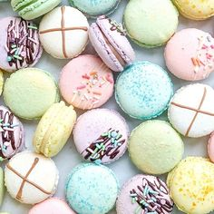SERIOUSLY DELICIOUS GIFT BOXES (@cocoandbean) • Instagram photos and videos French Macaron, Gift Hampers, Chocolate Brownies, Corporate Gifts, Gift Boxes, Macarons, Special Events, The Creator, Artisan