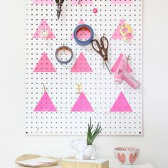 Geometric Ombre Peg Board