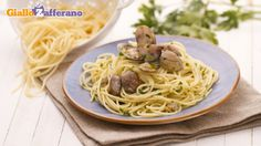 Spaghetti alle vongole http://ricette.giallozafferano.it/Spaghetti-alle-vongole.html