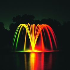 Large pond Fountains - Something Fishie Photo Gallery