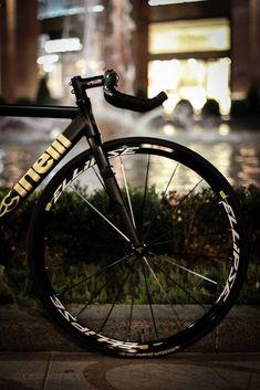 Cinelli Mash Custom (MatteBlack&Gold) - Pedal Room