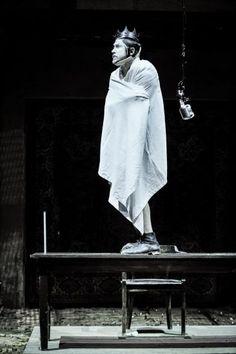 Schaubühne  Program - Schaubühne  Programme  Premieres & Repertoire  Richard III. --- #Theaterkompass #Theater #Theatre #Schauspiel #Tanztheater #Ballett #Oper #Musiktheater #Bühnenbau #Bühnenbild #Scénographie #Bühne #Stage #Set