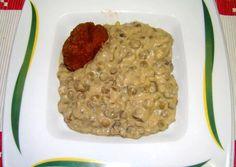 Tejfölös lencsefőzelék   Antukné Ildikó receptje - Cookpad receptek Risotto, Nom Nom, Oatmeal, Beef, Breakfast, Ethnic Recipes, Food, The Oatmeal, Meat