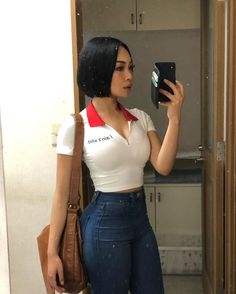 Image may contain: one or more people, people standing, phone and selfie Casual Outfits, Girl Outfits, Summer Outfits, Cute Outfits, Fashion Outfits, Style Feminin, Mode Chanel, Poses, Fashion Killa