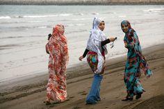 Magnum Photos - Magnum Photos, Harem Pants, Kimono Top, Beach, Tops, Women, Fashion, Moda, The Beach