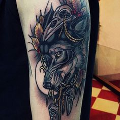 by Brando Chiesa Tattoo Wolf & Raven Skull and many fine details - Lovely!